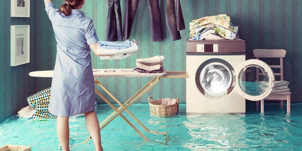 Решение проблем из-за которых протекает стиралка. Рассмотрим все причины, по которым стиральная машина течет снизу.